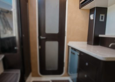 Hydrasports 53 - Below Deck - Galley – Cabin