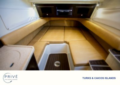 Hydrasports 53 - Cabin - Bedroom - Dining - Combination