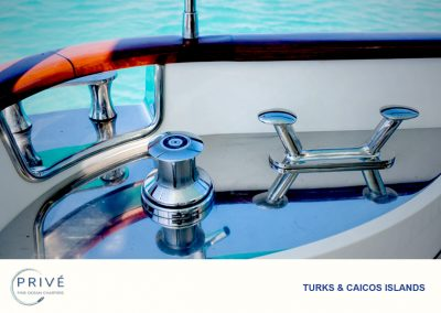 Azimut Yacht - Capstan and Cleet